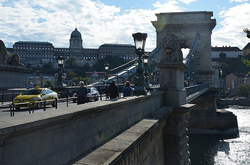 Pont-des-chaines.JPG
